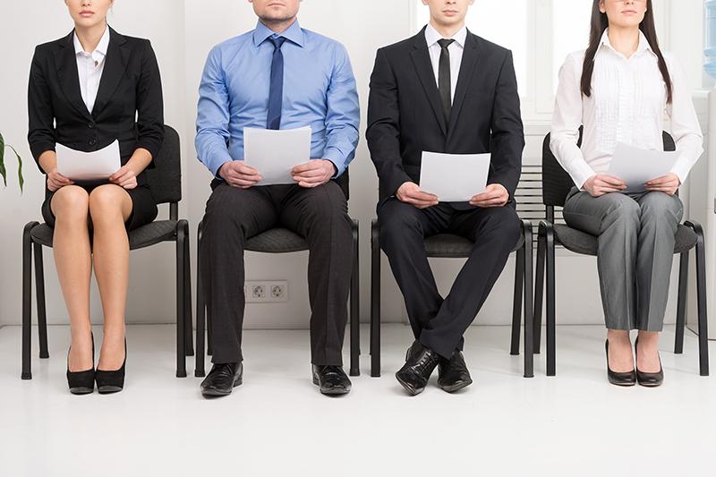 Le paradoxe peut s'expliquer par un déficit de savoir-être des candidats, sur la partie compétences mais aussi sur la capacité à évoluer, à s'approprier un outil technologique en perpétuelle évolution © BlueSkyImages - Fotolia.com