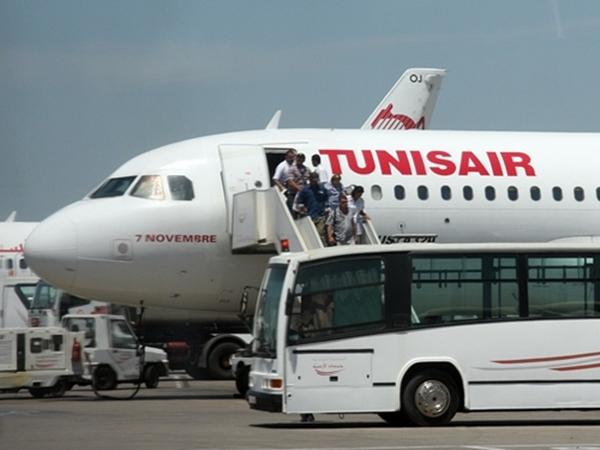 """Tunisair confirme ses difficultés dans un communiqué """"langue de bois"""""""