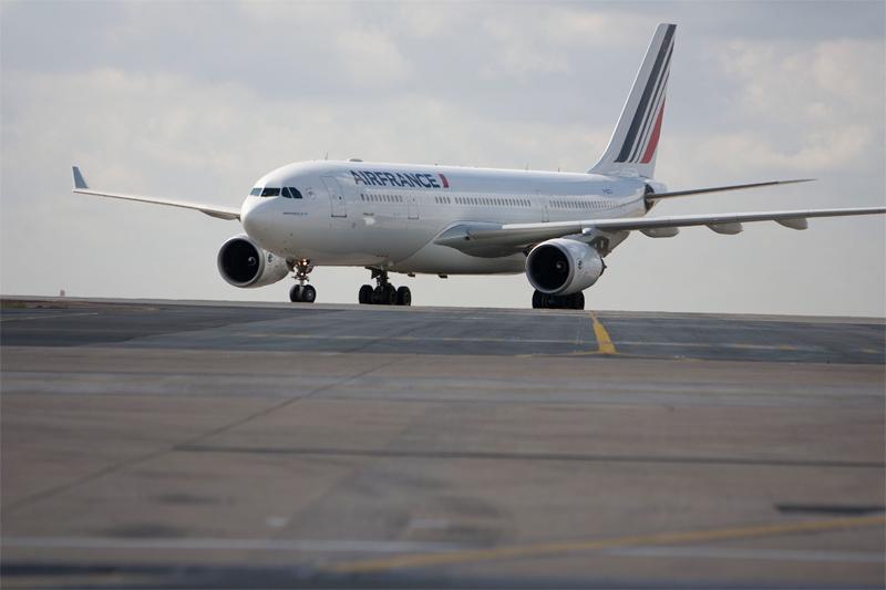"""Alors que tous les plans dits de """"restructuration"""" mis en place, depuis des décennies, ont comporté des coupes importantes dans les effectifs, le trafic aérien a été, quant à lui, en constante augmentation - Photo Air France Virginie Valdois"""