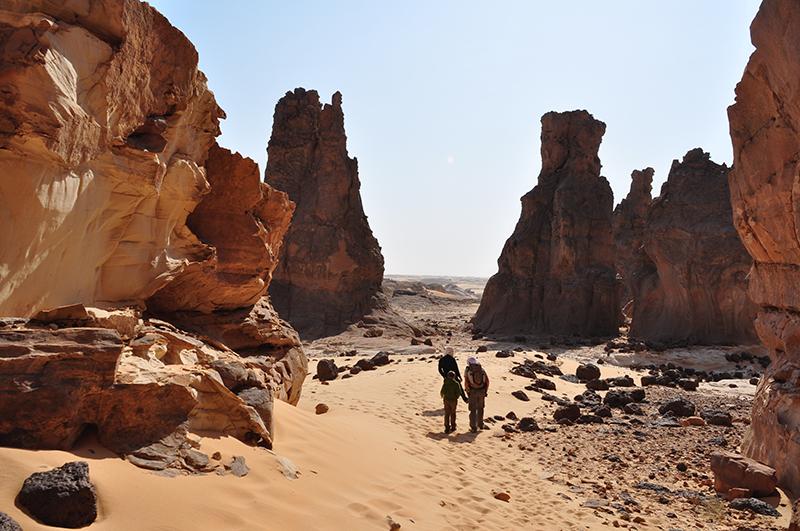 Tout le circuit se déroule à pied. C'est le principe de ce séjour : zéro véhicule pendant une semaine et un grand bol de désert - DR : K.Girard - Point Afrique