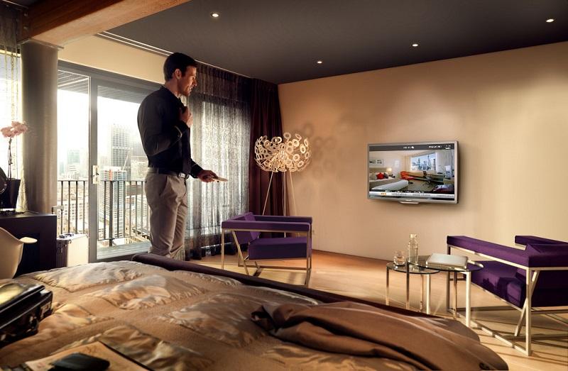 Locatel, leader européen de l'intégration des solutions internet, mobiles et TV, propose une série de d'applications destinée à améliorer l'expérience client et augmenter les revenus des hôtels. ©locatel