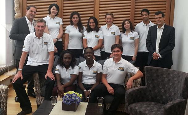 L'équipe d'Olivier Théry lors du lancement du site Voyages-en-direct en 2012. DR