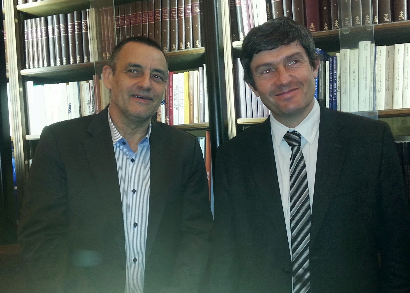 Brunos James (gche) DG du CRT Provence Alpes Côte d'Azur, et le président, Pierre Meffre /photo JDL