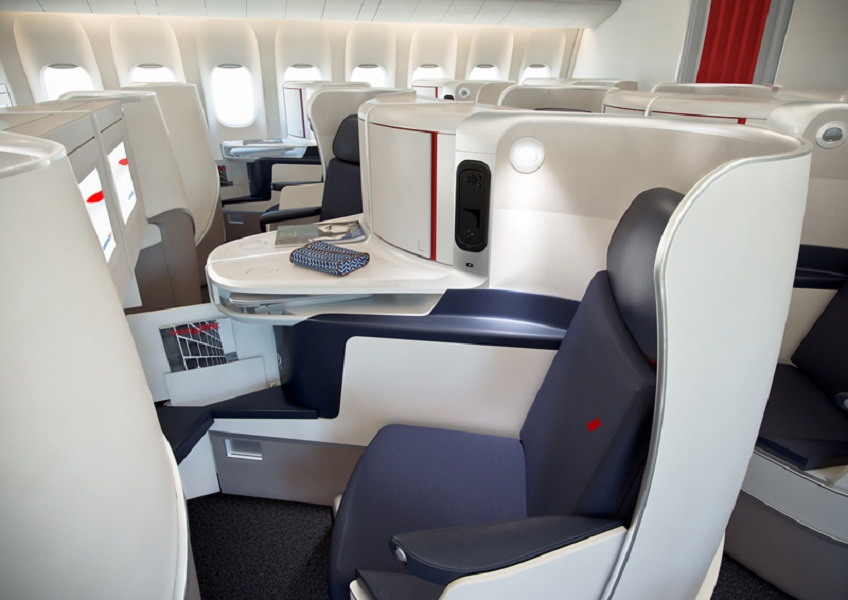 Pourquoi parler de siège 3F (full flat, full machin et full chose)? J'aurais mis 3 P : Plat, Privé, Pratique - DR : Air France