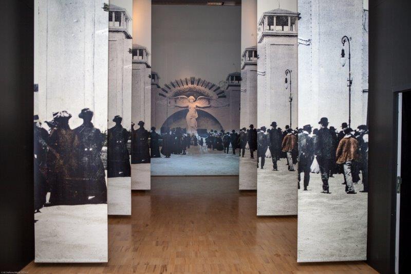 Entrée de l'exposition : nous sommes en 1910, époque de l'Europe triomphante... - DR : JP Combe