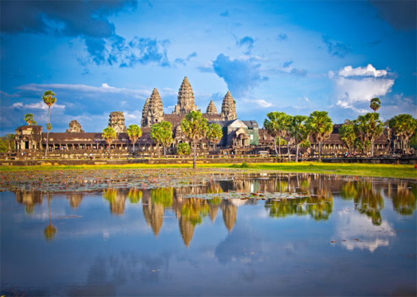 The Angkor temple in Cambodia was absolutely not visited until the 80s, and after its ranking in 1992, it attracted 60,000 visitors in 1999, 250,000 in 2001 and 3 million visitors in 2011 © Aleksandar Todorovic - Fotolia . com