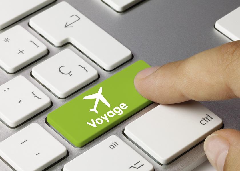 Les Français ont de plus en plus tendance à se tourner vers Internet pour préparer leurs voyages - DR : © momius - Fotolia.com