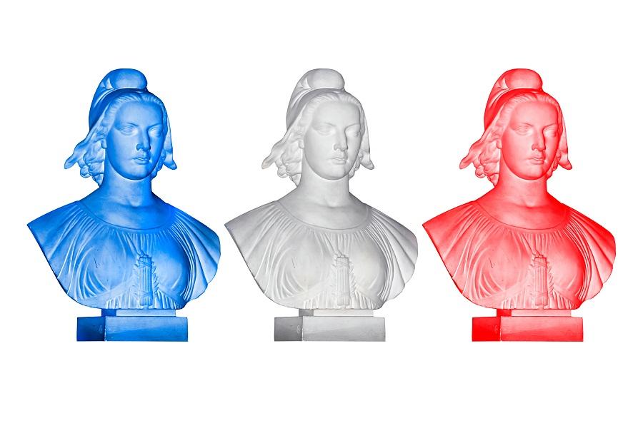 Le nouveau gouvernement formé par Manuel Valls ne comporte pas de ministre du Tourisme ni des Transports - DR : © Delphimages - Fotolia.com
