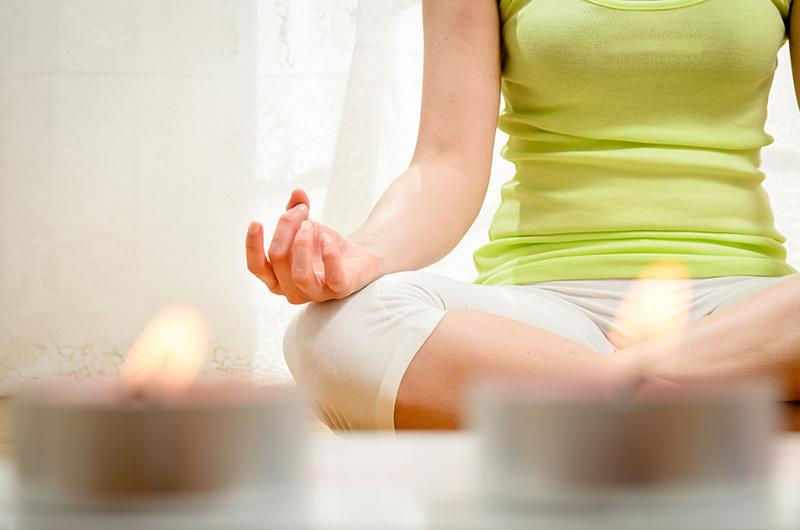 Véritable sas de décompression, les séances de Spa-sophrologie se traduisent par des exercices de relaxation dynamique, par un travail de respiration et de détente mentale et musculaire © Dirima - Fotolia.com