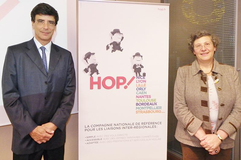 Didier Monge, responsable du développement pour la Société des Aéroports Nice Côte d Azur avec Hélène Abraham, Directrice Générale Adjointe en charge du Commercial chez HOP! - DR : M.B.