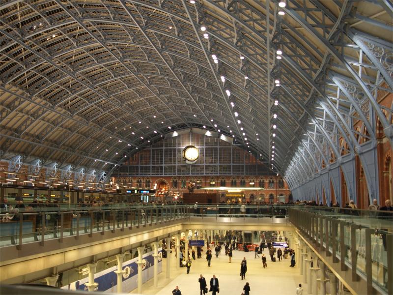 """La gare de Saint Pancras à Londres dans laquelle Eurostar va ouvrir un nouveau """"Ticket Office"""" © TOBY - Fotolia.com"""