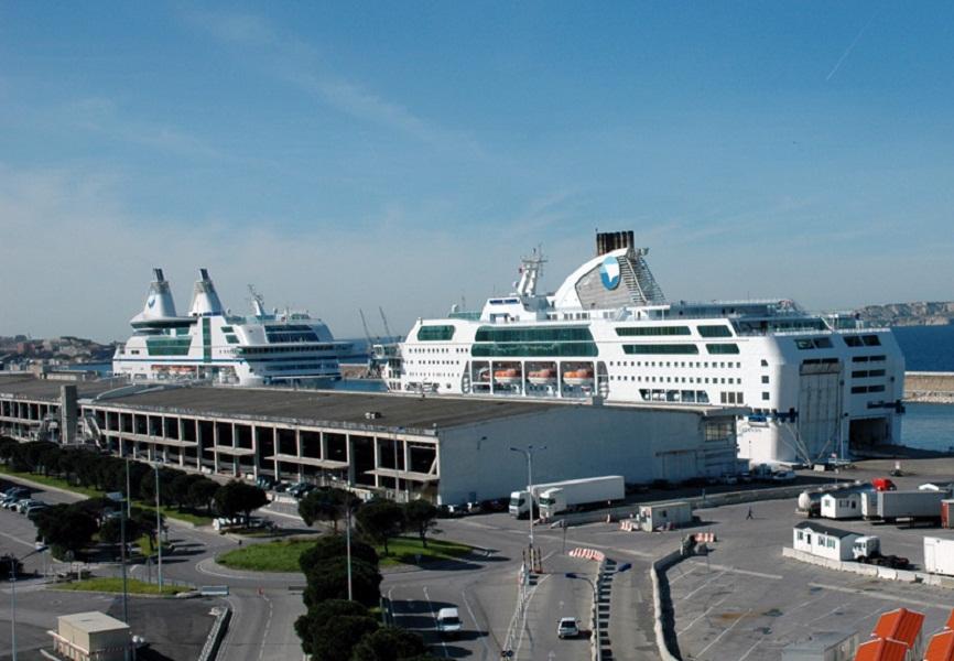 Pour les syndicats de la SNCM, l'État ne tient pas ses engagements et met en danger la compagnie maritime - Photo C.E.