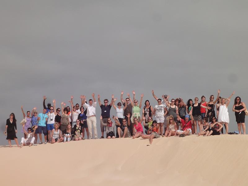 L'équipe Héliades au complet, dans le désert de Viana - DR : A.P.