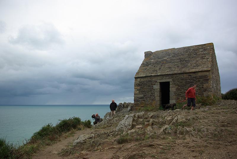 Vauban ordonna l'édification des cabanes au 17ème siècle. Elles furent utilisées jusqu'au 19ème s., pour surveiller le rivage - DR : J-F.R