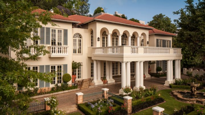 Four Seasons Westcliff DR