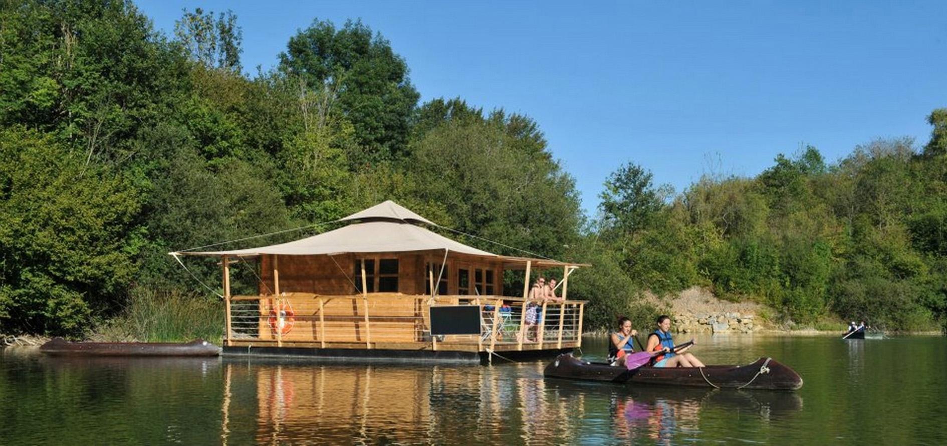 Cabane flottante du Parc Echologia