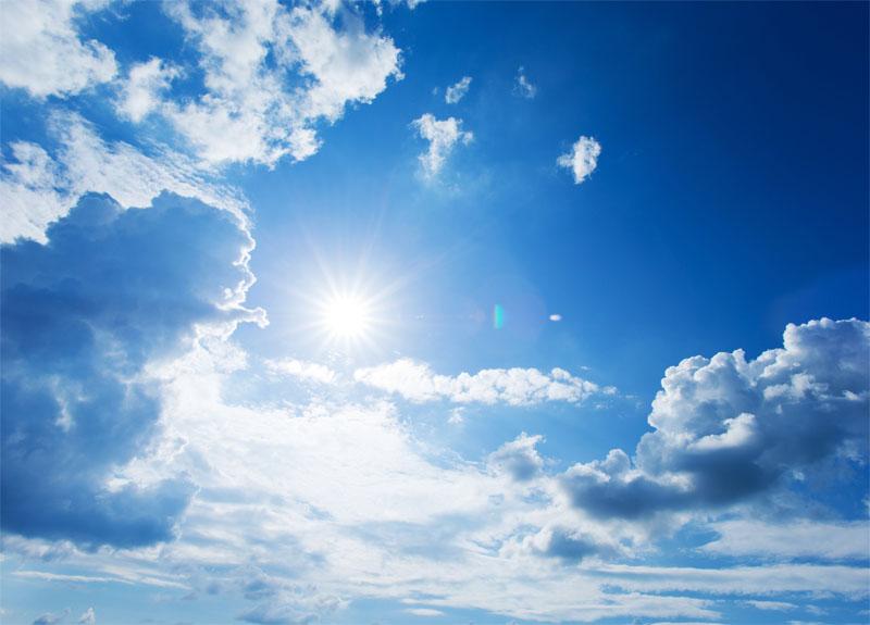 Diffusé quotidiennement par la Sécurité solaire, l'index UV est accompagné de conseils de protection solaire. Il oscille de 1-2 (faible) à 9 et plus (extrême) © Pakhnyushchyy - Fotolia.com