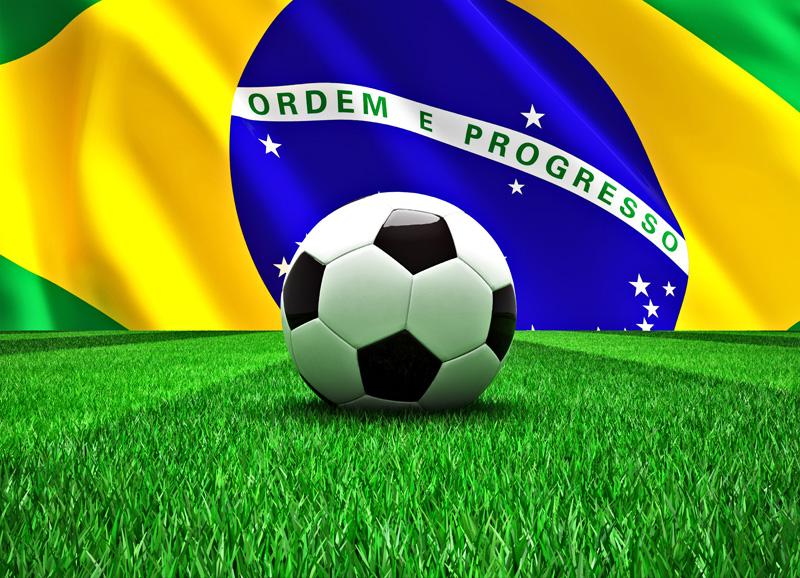 Les drapeaux du Brésil vont fleurir un peu partout pour cette coupe du monde 2014 © tiero - Fotolia.com