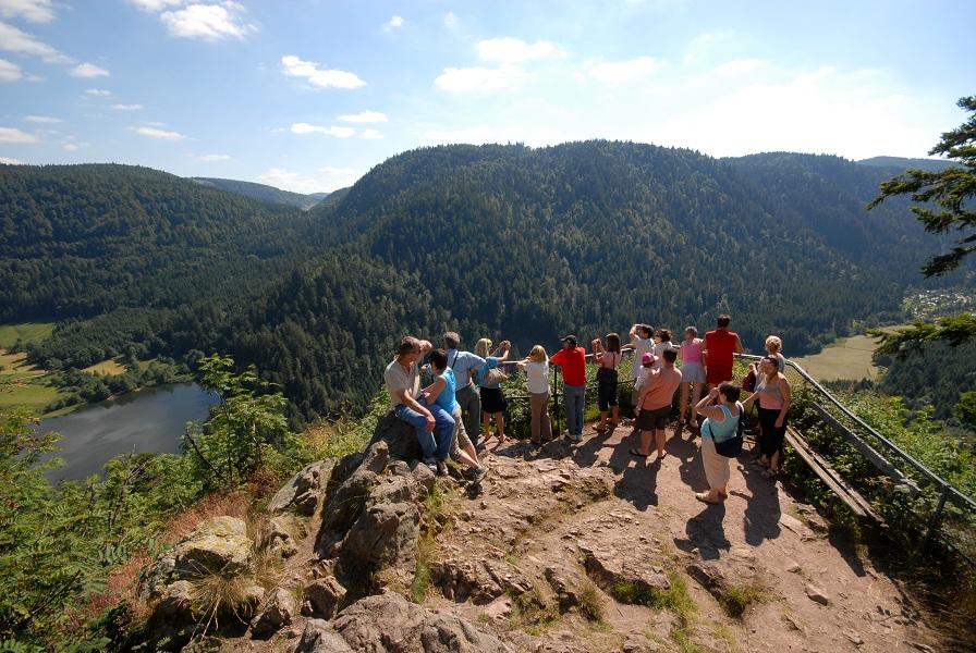 Le Rocher du Diable, dans les Vosges, l'une des multiples attractions touristiques en Lorraine - Photo DR