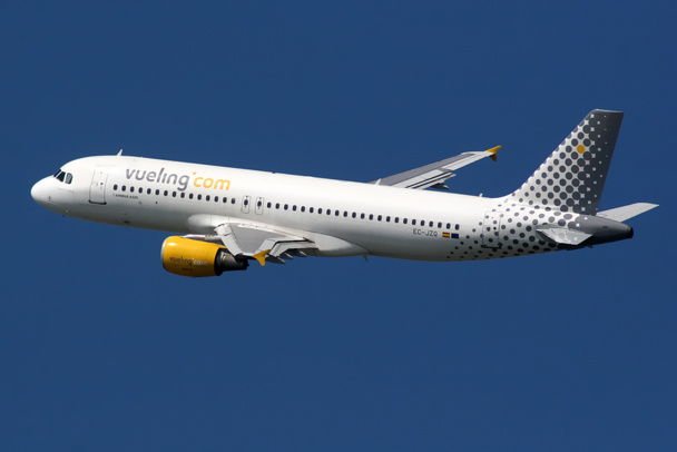 Without slots available, Vueling left Casablanca-DR Photo