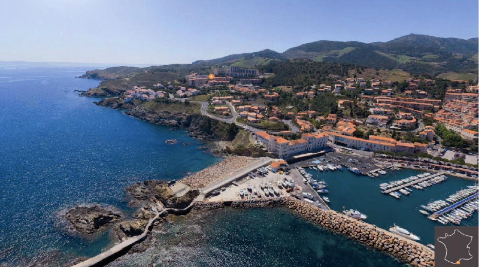 Vue de Banyuls-sur-Mer dans les Pyrénées-Orientales                                                les