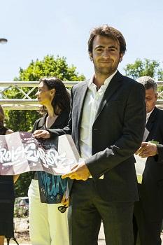 Lucas Schmitter, fils de Patrick ayant intégré la compagnie en tant que responsable E-Commerce a représenté la famille et a reçu le prix au Port Autonome de Strasbourg - Photo DR