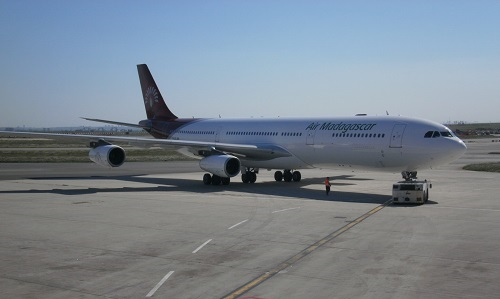 Un avion d'Air Madagascar au départ de l'aéroport de Marseille Provence. DR