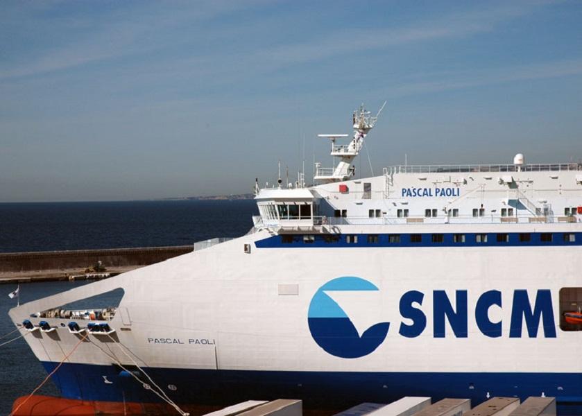 La grève à la SNCM pénalise le tourisme en Corse. Les professionnels manifestent leur ras-le-bol - Photo C.E.