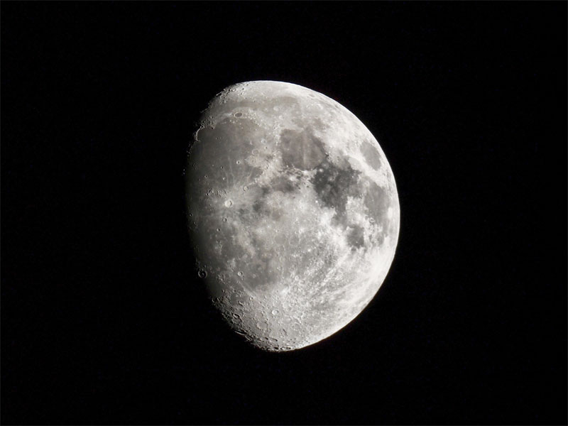 Space Adventures et l'Agence spatiale russe Roscosmos, qui proposent une mission habitée autour de la Lune, sont en effet dans les starting-blocks © Claudio Divizia - Fotolia.com