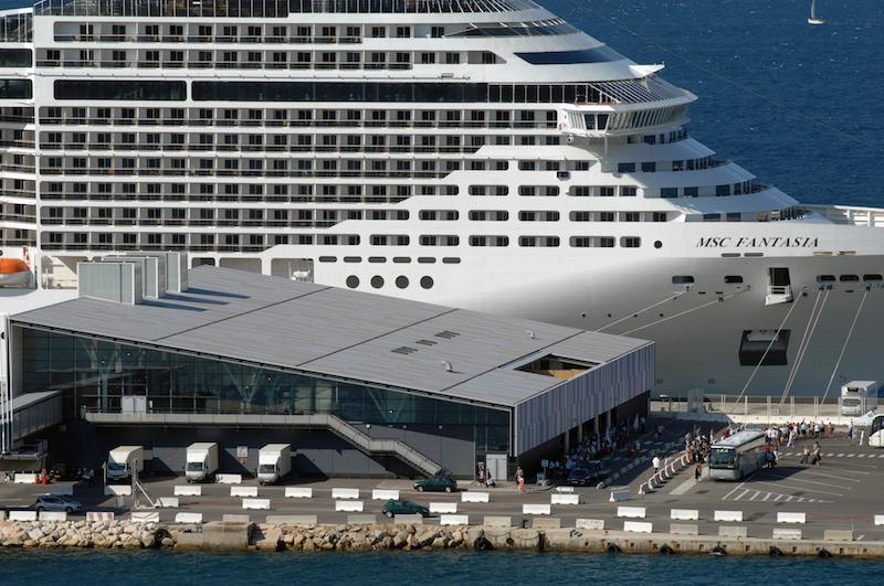 Au 1er semestre 2015, le port de Marseille enregistre 7 000 croisiéristes supplémentaires, soit un total de 597 000 passagers (+1,1%) - DR : GPMM
