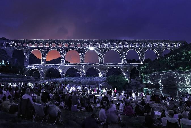 La programmation nocturne du Pont du Gard a attiré près de 210 000 spectateurs cet été - Photo : Pont du Gard