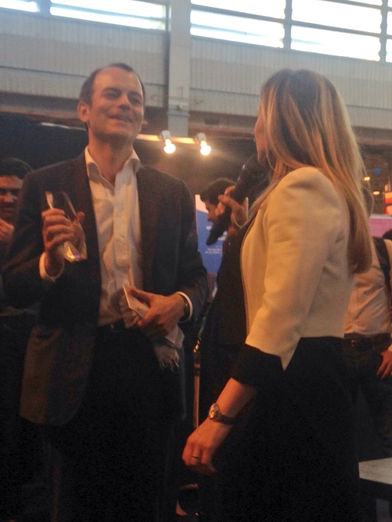 Jehan de Castet, le fondateur de Fluo reçoit le prix par Evantia Giumba d'Amadeus (c) Johanna Gutkind
