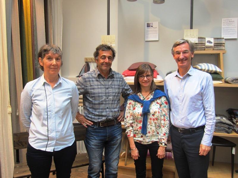 Nicolas Vanier entouré par Lionel Habasque, le directeur ainsi que Marie Foucard et Dominique Albouy, du TO Grand Nord Grand Large - DR : LAC