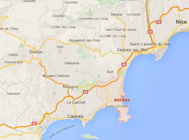 It is the zone between Cannes, Mandelieu, and Antibes that suffered the most damages in the night of Saturday 3rd to Sunday 4th of October 2015 - DR : Google Maps