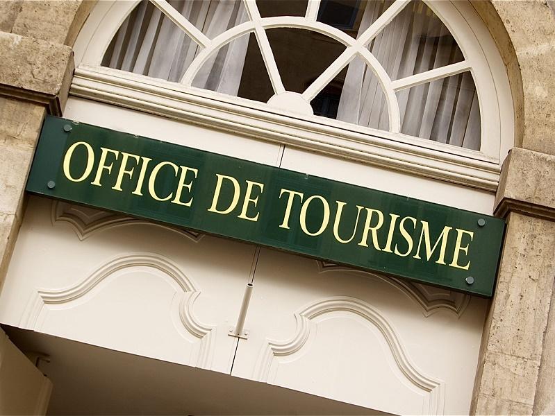 Les effectifs des organismes de tourisme en France sont en grand majorité féminins - Photo : Alexi TAUZIN - Fotolia.com