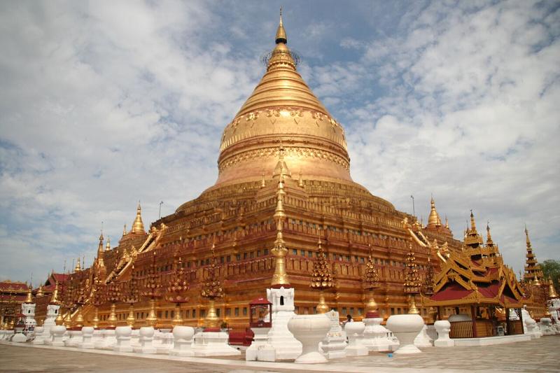 Myammar : les clients devront effectuer le paiement de leurs extras et leurs achats en kyat sur la destination -Photo Pagode Shwezigon JdL