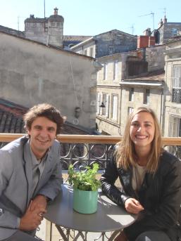 Jean Lapalus (à gauche) et Fanny Arnaud (à droite) sont les deux co-associés de Go To Bordeaux - Photo : Go To Bordeaux
