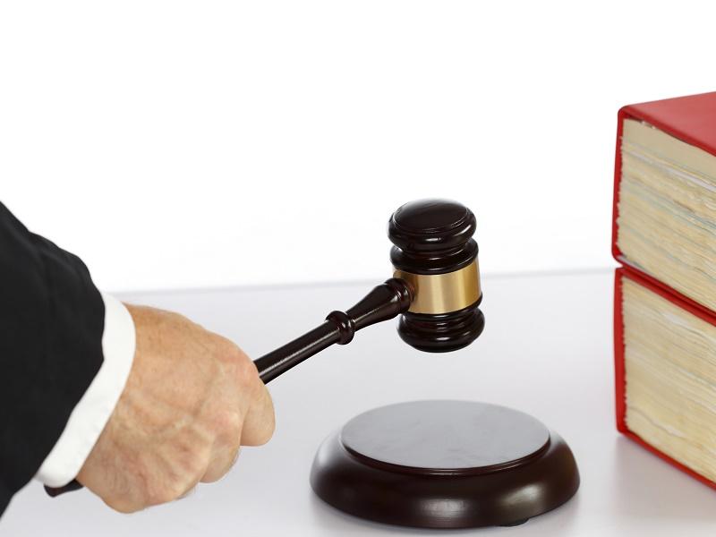 Même s'il est possible d'envisager des solutions en amont, c'est toujours au tribunal de commerce et au ministère public que revient la décision finale dans le cadre d'un redressement judiciaire ou d'une procédure de sauvegarde - Photo : rupbilder - Fotolia.com