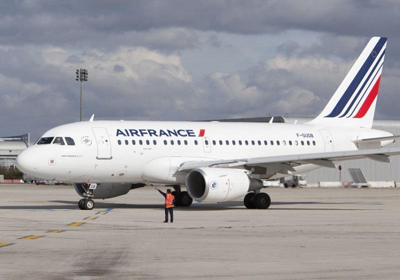 A318 d'Air France à Paris-CDG - Photographe : Virginie Valdois Air France
