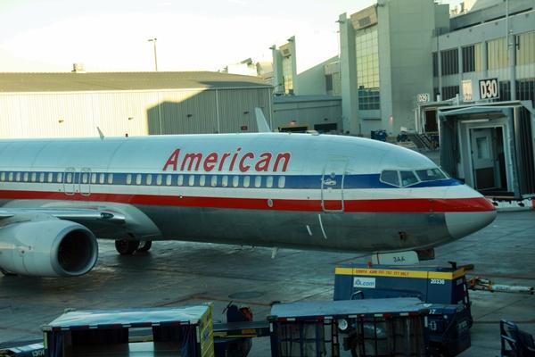 Vols maintenus American Airlines au départ et à l'arrivée de Roissy