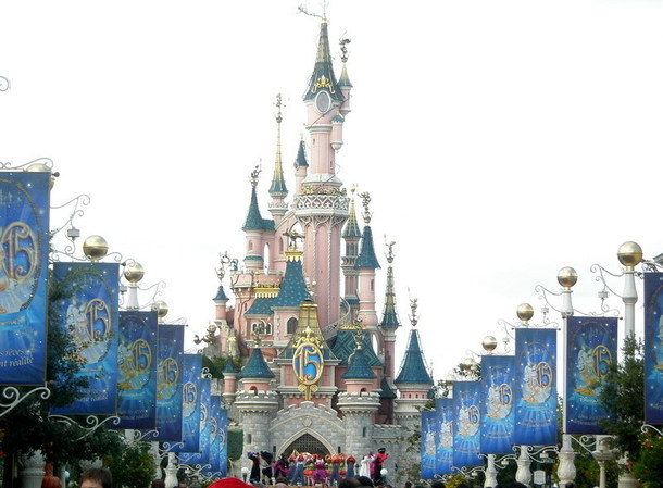 Disneyland Paris fermé jusqu'au mardi 17 novembre inclus