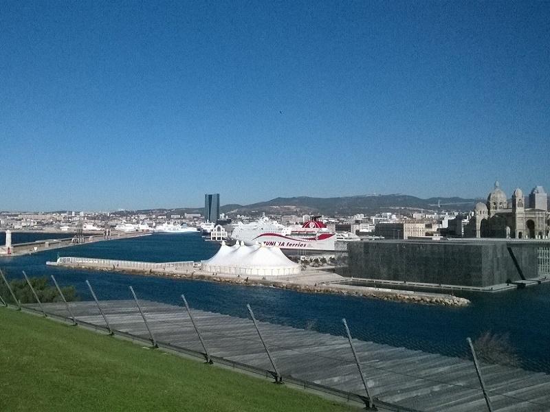 Vue de Marseille depuis le Palais du Pharo où s'est tenue la 15e édition de Top Cruise - Photo P.C.
