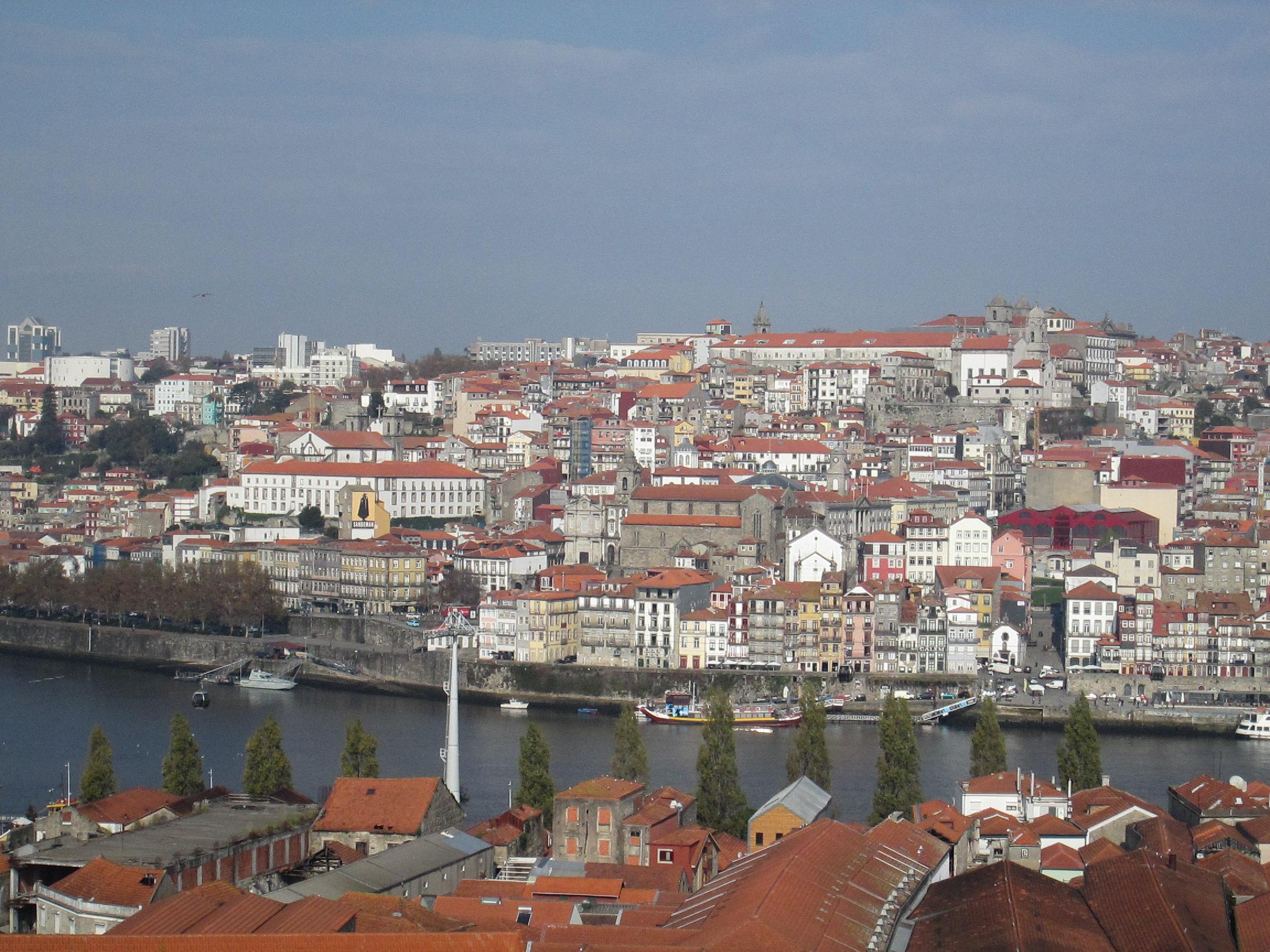 Vue sur le Douro et le centre historique de Porto depuis une chambre duYeatman. Photo MS.