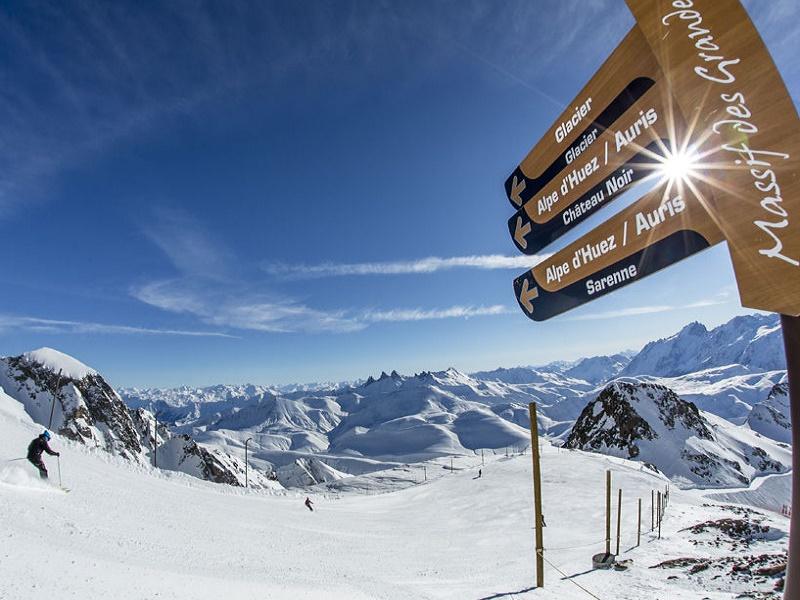 La station de l'Alpe d'Huez accueille les Rencontres Climats Météo Montagne - Photo : Laurent Salino pour Alpe d'Huez Tourisme_Sarenne
