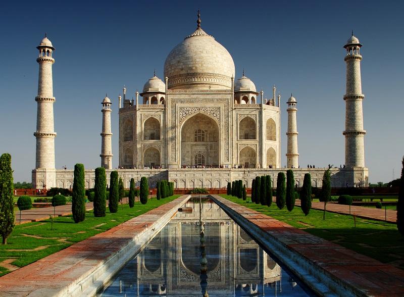 Si Agra n'est pas au Rajasthan, la présence du Taj Mahal, l'une des 7 nouvelles merveilles du Monde en fait une destination incontournable. Une nuit suffira pour la plupart des voyagistes © jool-yan - Fotolia.com