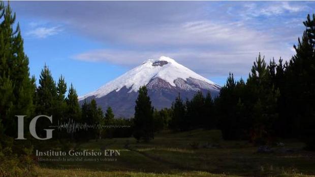 Le volcan Cotopaxi est situé à 60 km de la capitale Quito - Photo : Institut de Géophysique équatorien