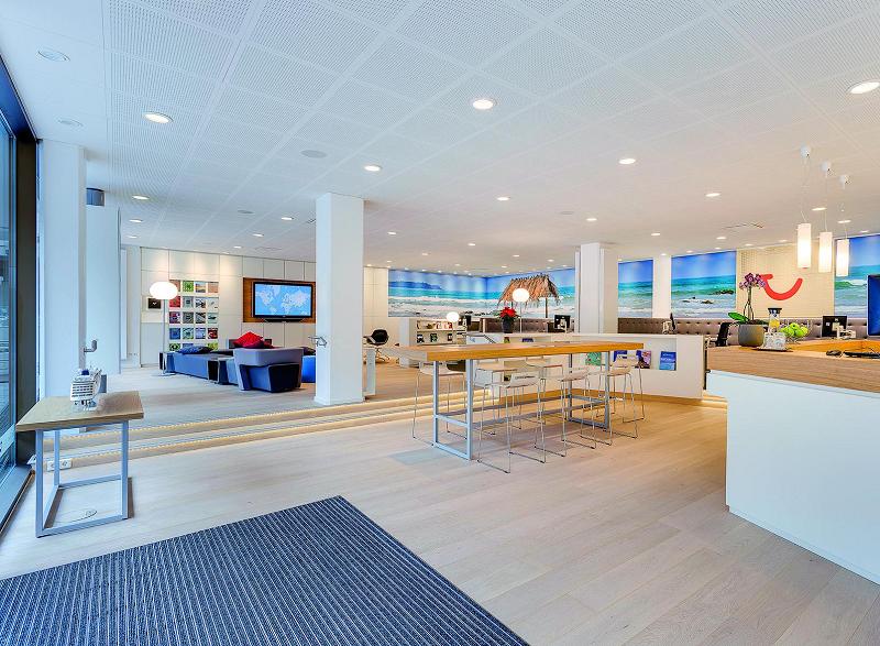 Exemple de concept store TUI déployé en Europe par le Groupe - Photo TUI Group