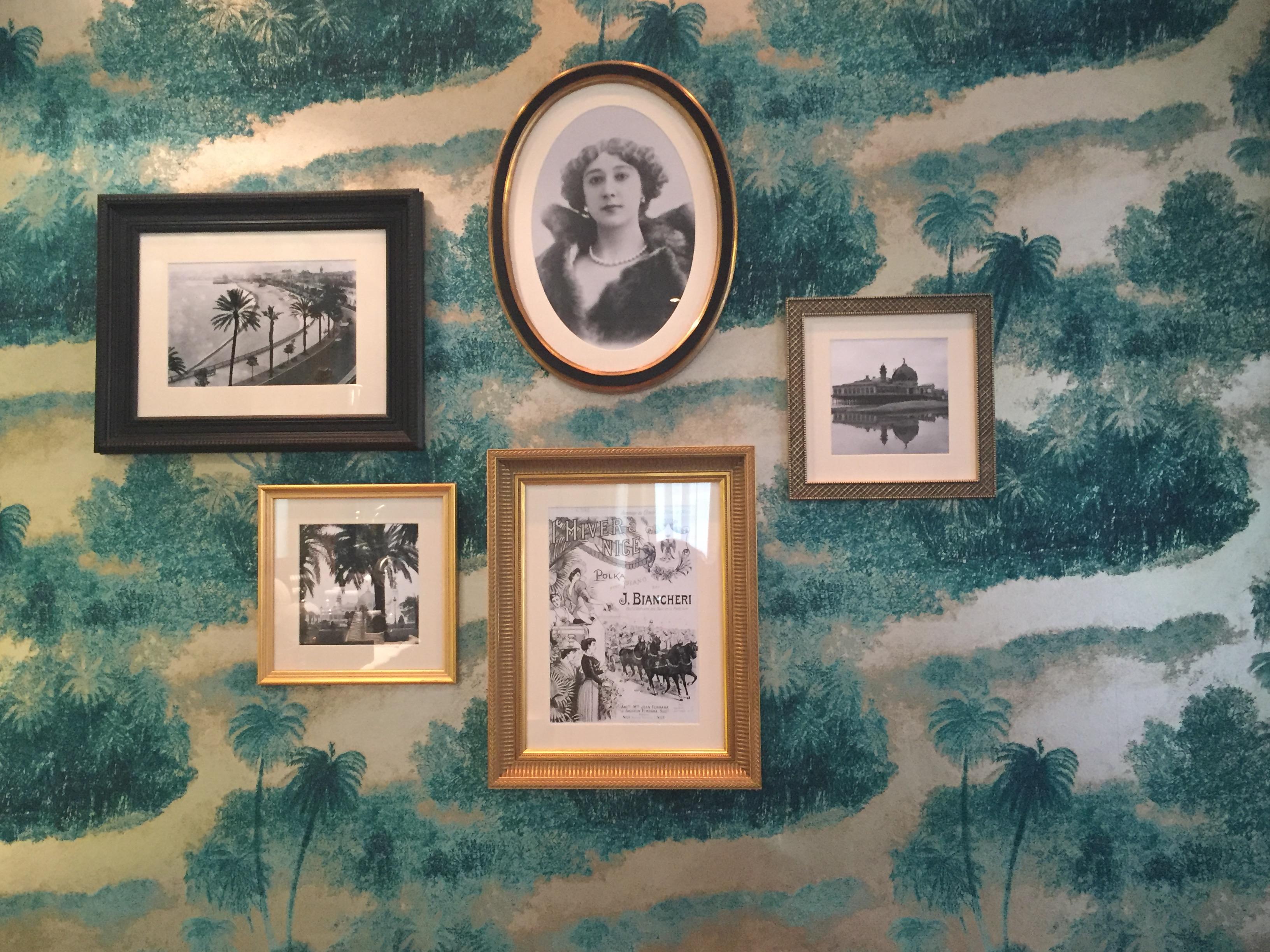 Chambre de la Villa Otéro-au mileu, le portrait de Caroline Otéro