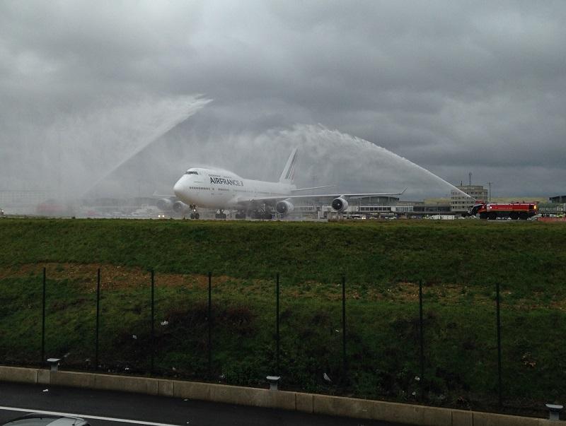 Arrivée du dernier vol commercial AF en 747 en provenance de Mexico - Photo C.H.