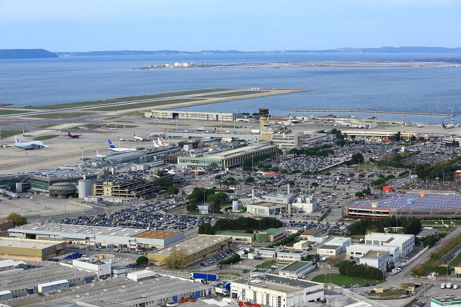 L'aéroport Marseille Provence souhaite continuer de croître tout en s'engageant dans une démarche de développement durable - Photo : C. Moirenc